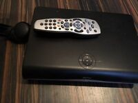 Sky Hd plus box with remote control exc cond
