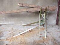 LOG HOLDERS : Horse chainsaw logs splitter tractor wood kindling saw tree chipper shredder