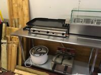 Propane gas hot plate in mint condition only used for 1 week approx 3ft wide