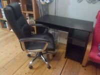 Desk + office chair in good conditions