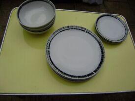 Plates / Diva Rayware plates, please read the description