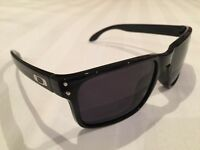 Oakley Holbrook style sunglasses brand new in Gloss black