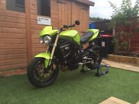 Roulette green street triple in great condition with fresco low boy exhaust. Major service just done
