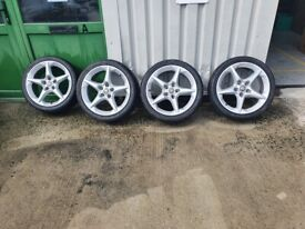 Vauxhall Astra Mk5 Penta 18 inch wheels and low profile tyre