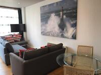 Short term serviced apartment (sleeps up to 4 people) Central Reading
