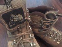 Women's Northface Hiking Boots (UK 7)