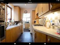 Kitchen units (FREE!)