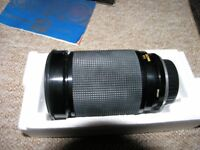 Vivitar 28 - 200 Macro makro 1 to 4 One touch focus Zoom