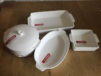Judge Table Essential Ovenware / Dishes