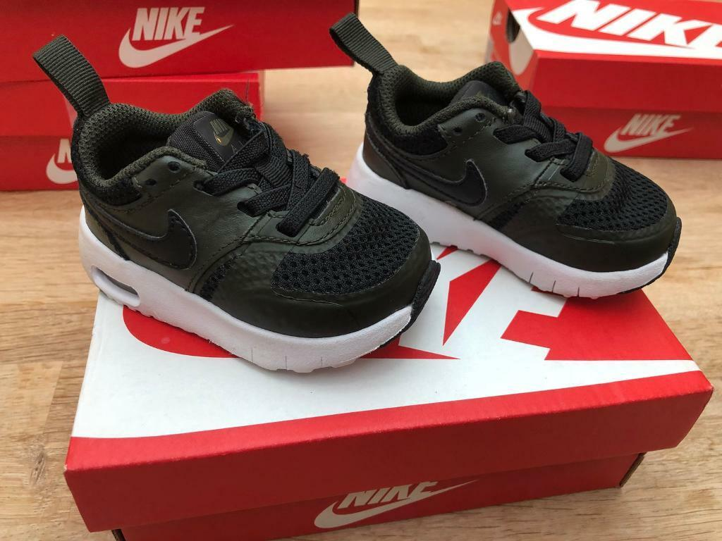 Baby Nike Air Trainers - size 3.5  b0840c7734f9