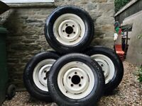 4 x Land Rover Wheels & Tyres