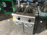 CATERING COMMERCIAL TWIN TANK FRYER CATERING COMMERCIAL TAKE AWAY FAST FOOD RESTAURANT CHIPS CAFE