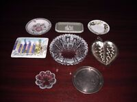 COLLECTION OF TRINKET DISHES AND ASHTRAYS