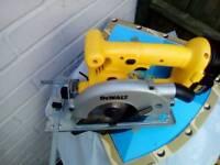 DEWALT 18v circular saw plus battery