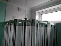 Corner shower cubicle curtain rail