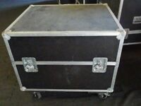 Large Flight case on wheels and with removable lid