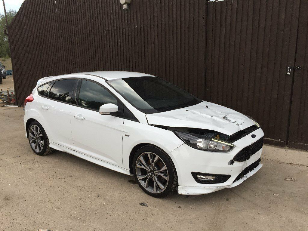 2017 ford focus st line 1 5 ecoboost white unrecorded damaged salvage repairable in east. Black Bedroom Furniture Sets. Home Design Ideas