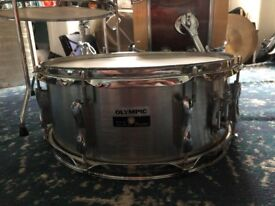 Vintage Olympic Snare in brushed metal finish