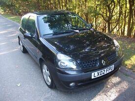 -Diesel- 2002 Renault Clio Dynamique 1.5 Dci MOT October 2017, Service History