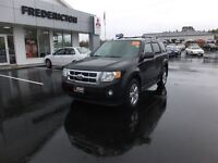 2009 Ford Escape XLT! 4WD! LEATHER! SUNROOF! LOADED!