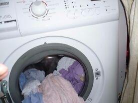 Zanussi Aquafall Wasing Machine 1200 spin