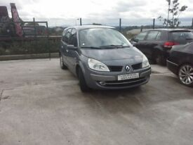 **For breaking** Renault Scenic 1.5 diesel, 6 speed (2009).