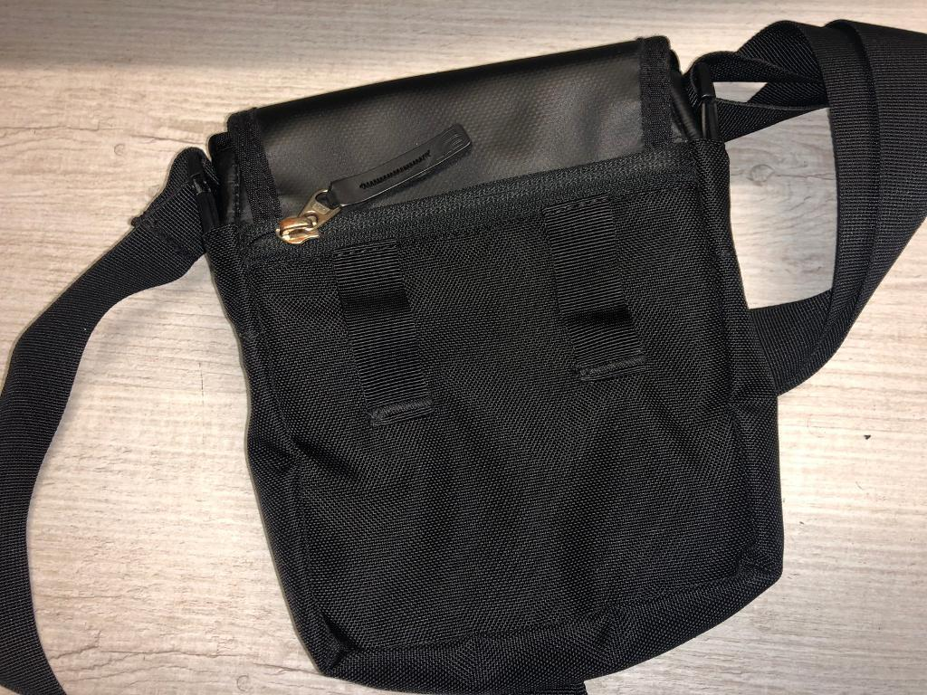 The North Face pouch ( Armani pouch 6940b87a6c5