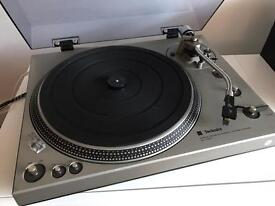 Technics SL-1300 direct drive automatic vintage turntable/ record player