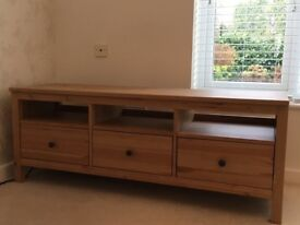 TV bench with 3 drawers. As new