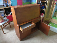 Fold out desk, lots of storage! compact!