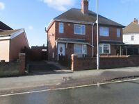 2 bedroom house to let in Tipton