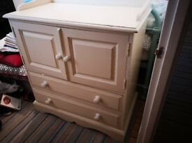Painted pine cupboard/drawers unit