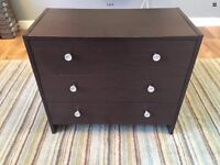 Small chest of drawers or large bedside drawers