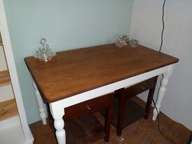 pretty farmhouse style table