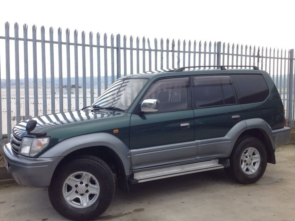 toyota land cruiser prado 3 0 tz td auto 4x4 green low mileage in keighley west. Black Bedroom Furniture Sets. Home Design Ideas