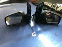 2005 Ford Focus Electric wing mirrors