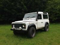 Land Rover Defender 90 SWB 6 seater