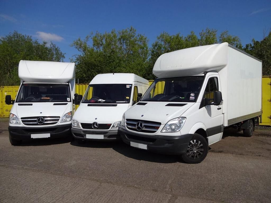 744d7a7eac ... LUTON VAN TRUCK HIRE WITH DRIVER FOR REMOVALS DELIVERY SERVICE AND MAN.  Barking
