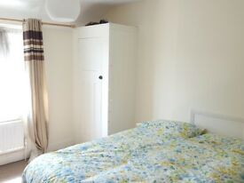 DOUBLE ROOM MASONS PLACE R2 $ 157 BILLS INCLUDED