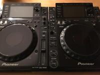Pioneer cdj 2000 pair by nexus excellent condition