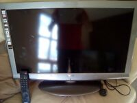 SANYO 32INCH LCD TV GUN SMOKE GREY EXCELLENT CONDITION