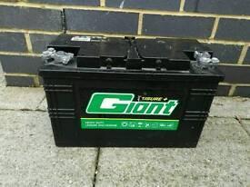 12V Leisure battery 110 amps
