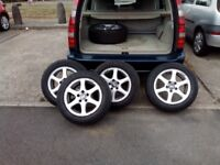 Alloy Wheels for a Volvo