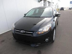 2014 Ford Focus Titanium Hatchback Leath/Nav/Roof/Heated Seats