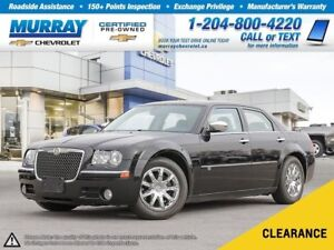 2010 Chrysler 300C Base *Leather Heated Seats, Memory Seats*