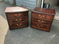 Solid pair of quality bedsides