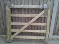 WOODEN FIELD GATE (4 foot wide)