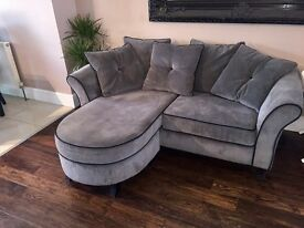SOFA WITH FOOTREST ATTACHED LIKE BRAND NEW
