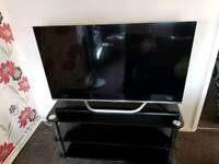 LG 47inch Smart Cinema 3D LED TV. WiFi. Glass Stand. Magic Remote