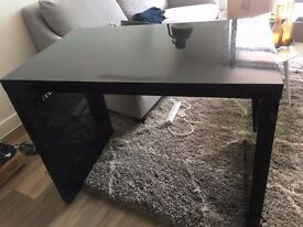 Dwell Desk in Good Condition